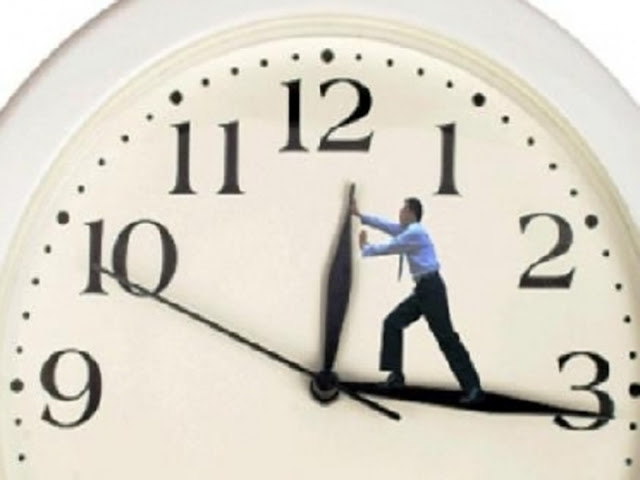 حقيقة تغيير وتقديم الساعة اليوم الجمعة 28 إبريل والساعة الأن فى مصر وكل المحافظات