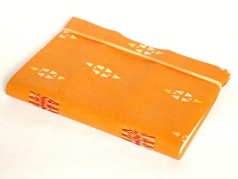 canteiro-de-alfaces-caderno-recouro-flexivel-elastico-polen