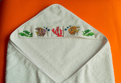 Toalla de baño con capucha bordada punto de cruz