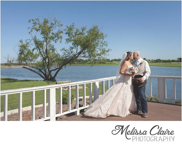 The Blooming Bride, DFW, Fort Worth, Texas, Wedding Flowers, lake