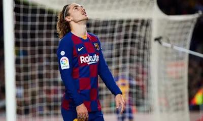 أنطوان جريزمان يوجه رسالة قاسيه إلى جماهير برشلونة