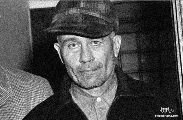 Fotografia do assassino em série, Ed Gein, tirada após sua prisão.
