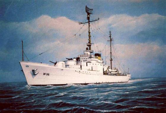 'Men in Black' Threaten US Coast Guard Crew