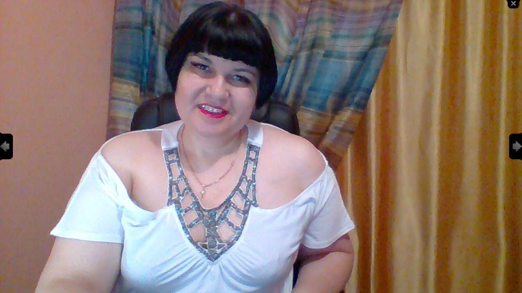 https://pvt.sexy/models/4r3i-hotty69/?click_hash=85d139ede911451.25793884&type=member