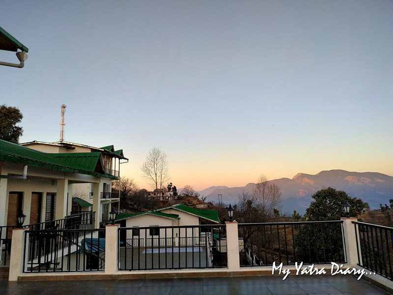 Queen Room at Rosewood Dhanachuli Retreat, Uttarakhand