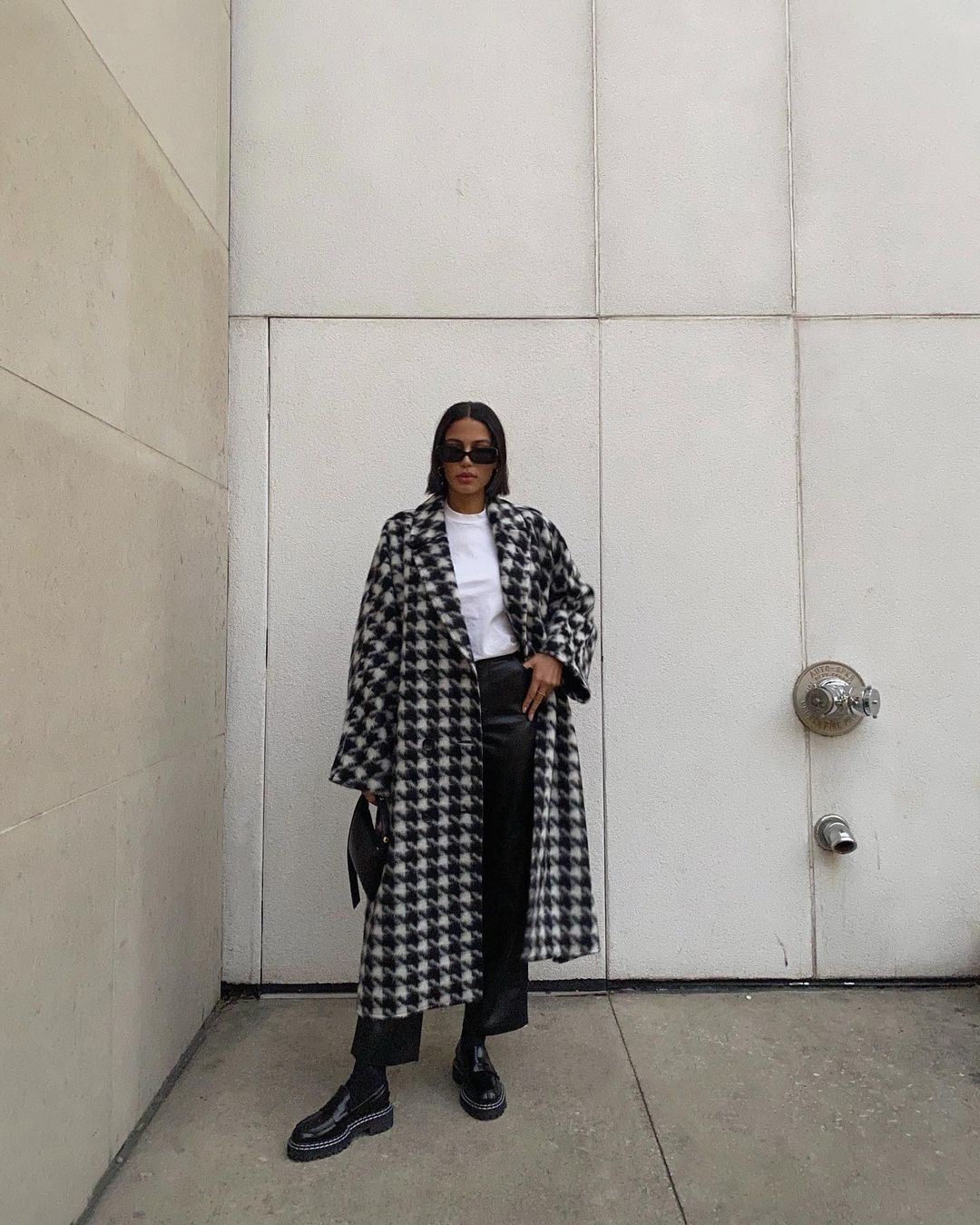 25 Best Printed Coats Houndstooth Print Coat Outfit Idea