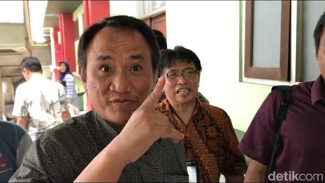 Andi Arief: Kami Dengar Ibu Megawati Tak Setuju Demokrat Masuk Koalisi