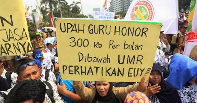 Gaji PNS Naik 5% di 2019, Bagaimana dengan Nasib Guru Honorer?