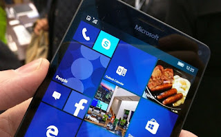 Cara menginstal versi lengkap Windows 10 pada ponsel Lumia 950