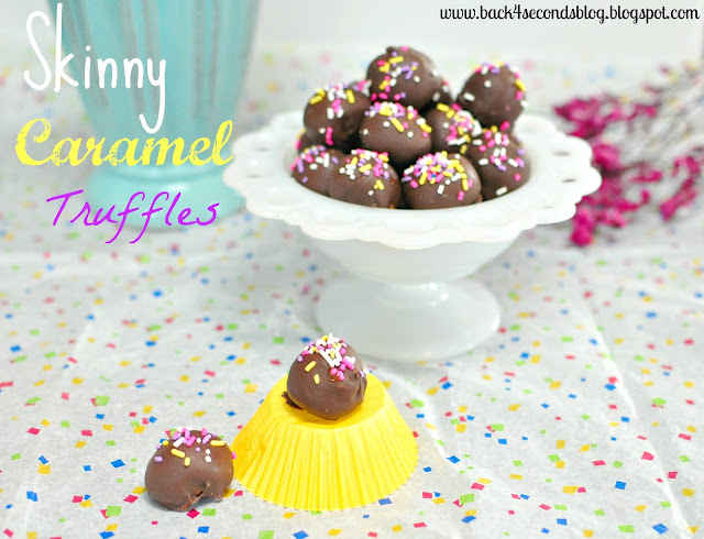 Skinny Caramel Truffles @Backforseconds https://backforseconds.com #skinny #caramel #truffles #nobake #easy #sprinkles