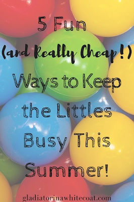 5 Fun (and Really Cheap!) Ways to Keep the Littles Busy This Summer! -- Get the kids out of the house this summer without breaking the bank!