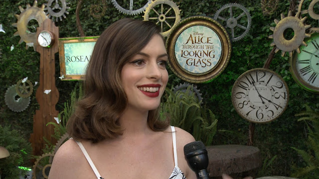 anne hathaway q and a alice through the looking glass