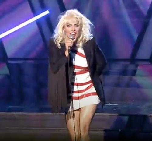 Maurycy Popiel femulates Debbie Harry on Polish television's Twoja Twarz Brzmi Znajomo.