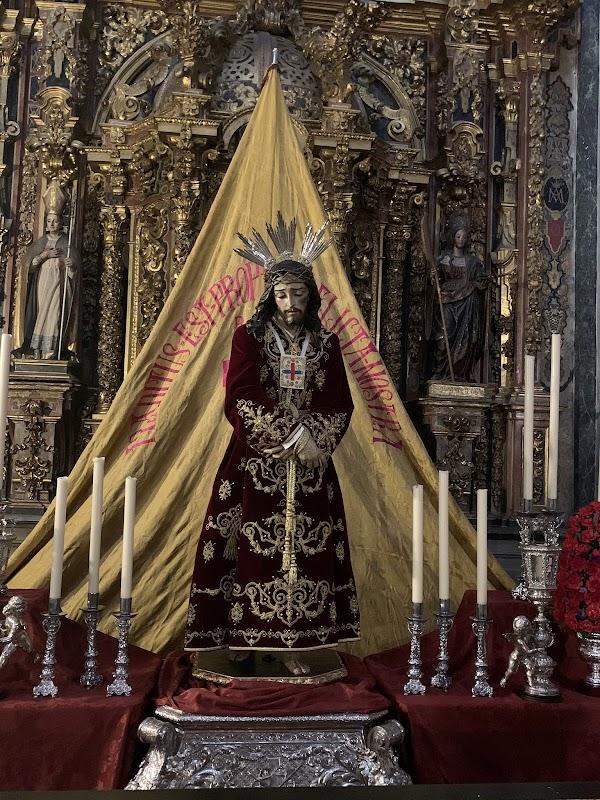 BENDECIDA LA NUEVA TÚNICA DE NTRO PADRE JESÚS DEL RESCATE DE GRANADA