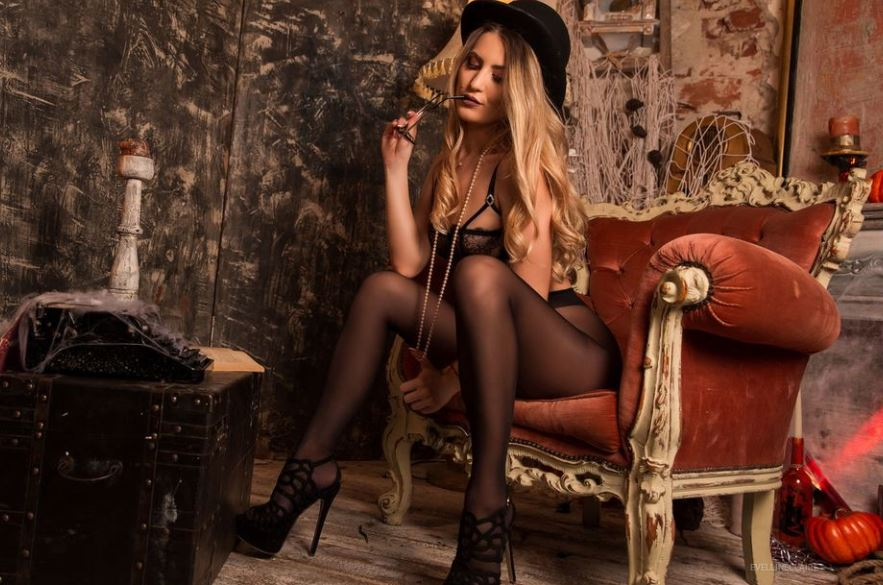 EvellineClaire Model GlamourCams