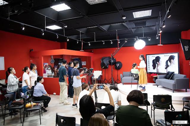 【大叔生活】龍山文創基地,台北市的文創新態度 - 攝影棚內有相當專業的設備來協助直播
