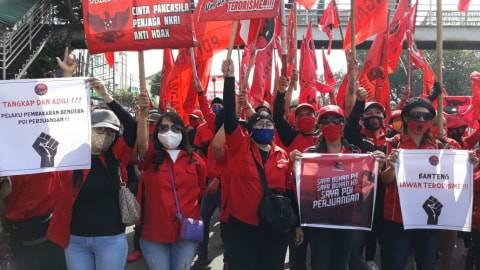 PDIP Jaktim Gelar Aksi Sampai Pembakar Bendera Ditangkap