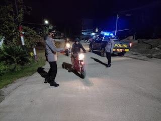 Personel Polsek Malua Laksanakan Patroli Blue Light Guna Tekan Gangguan Kamtibmas