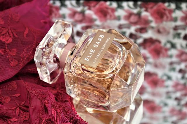 Elie Saab Le Parfum Essentiel avis, le parfum essentiel elie saab, nouveau parfum elie saab, parfums elie saab, le parfum essentiel, elie saab parfums, nouveau parfum femme, parfum femme, perfume influencer, parfum au néroli