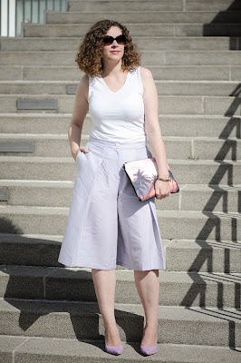 http://seaofteal.blogspot.de/2014/06/pastell-culottes.html