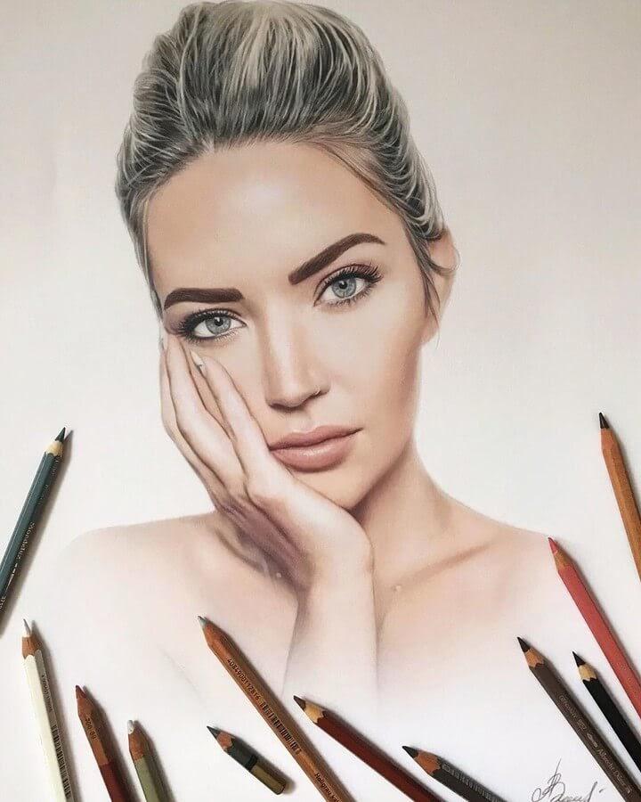 09-Sarah-Nicole-Landry-Alena-Litvinova-Realistic-Portraits-www-designstack-co