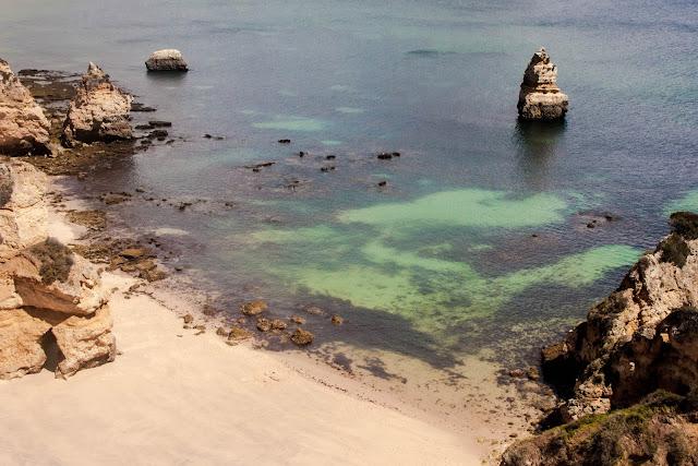 Sete praias de perder o fôlego no Algarve, em Portugal.
