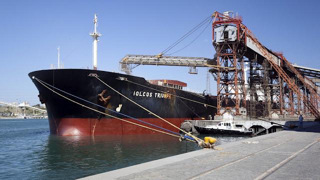 Nuevas normativas para bajar costos de exportaciones desde el puerto de Buenos Aires