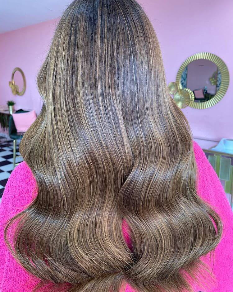 salon with hair extensions