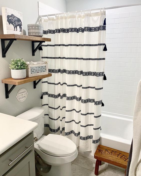 Bathroom Decor - Modern Farmhouse Bathroom Decor