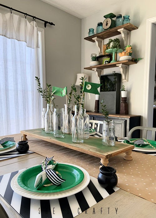 St Patrick's Day Table Setting and holiday decor.