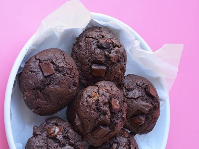 Double Chocolate Muffins #chocolate #cake
