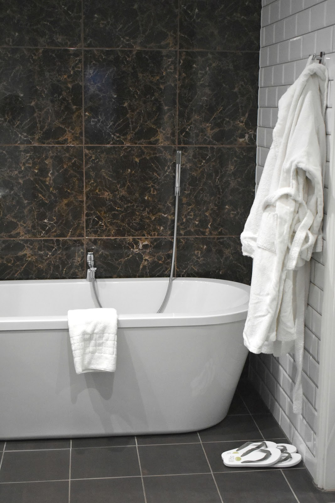 Ramside Hall - Premier Double Bathroom