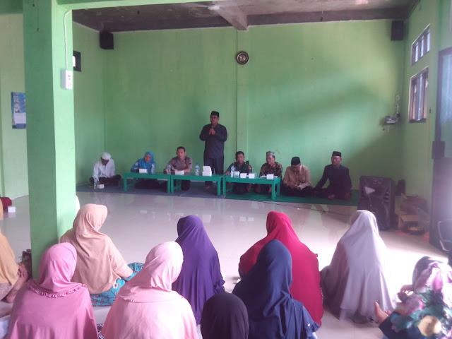 Babinsa Tridonorejo Menghadiri Sosialisasi Manasik Haji Tahun 2020/1441 H