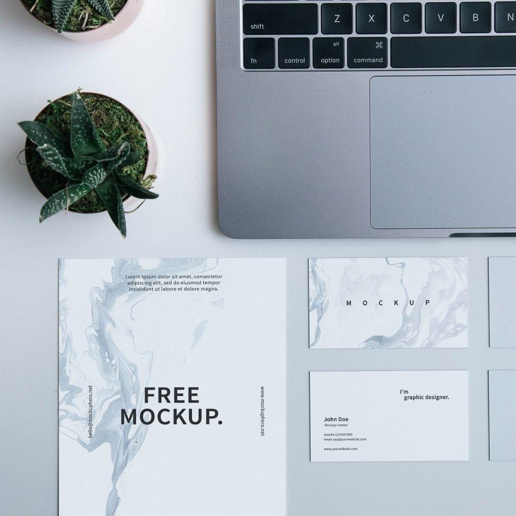 Business Card Mockup (PSD)