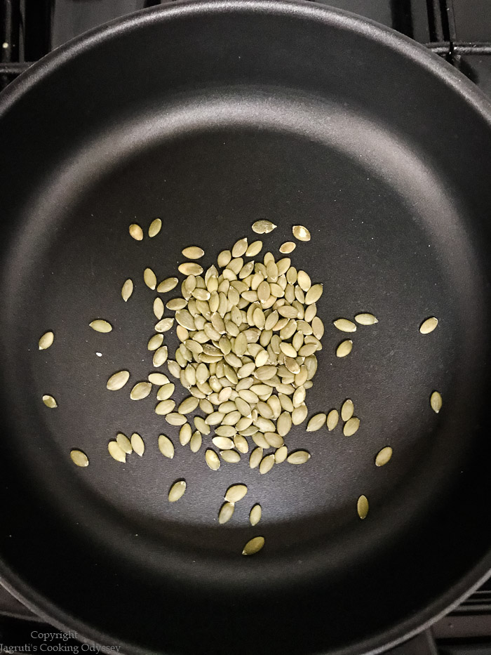 dry roasting pumpkin seeds