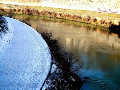Neve sul Tevere