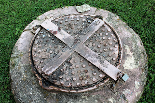 Manhole with lock