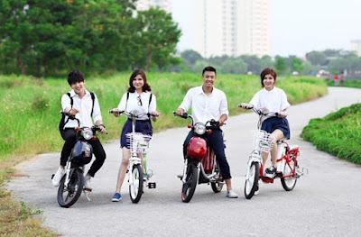 Nhiều phụ huynh mua xe đạp điện cho con đến trường năm học mới. Nên hay không nên?