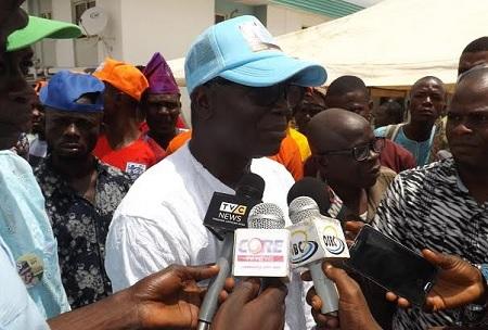 Dr, Ezekiel Oyebola  Oyemomi