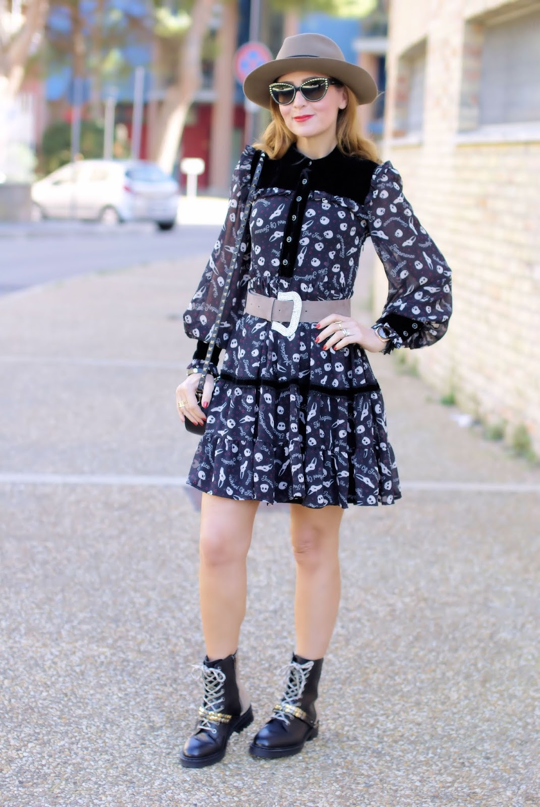 Best Halloween outfit costume on Fashion and Cookies fashion blog, fashion blogger style