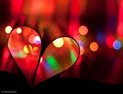 Dahsyatnya Cinta