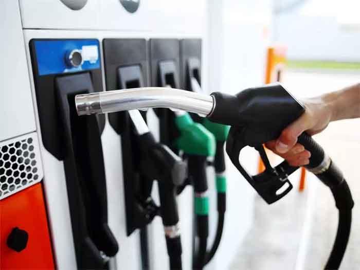 Kochi, News, Kerala, Top-Headlines, Business, Petrol, diesel prices hiked again on June 4