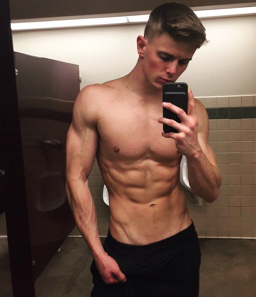 handsome-shirtless-fit-college-bros-selfies