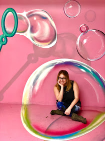 The Museum of Illusions, Los Angeles, Hollywood, experience popup, wall art, street art, Jamie Allison Sanders, The Beauty of Life, bubbles mural