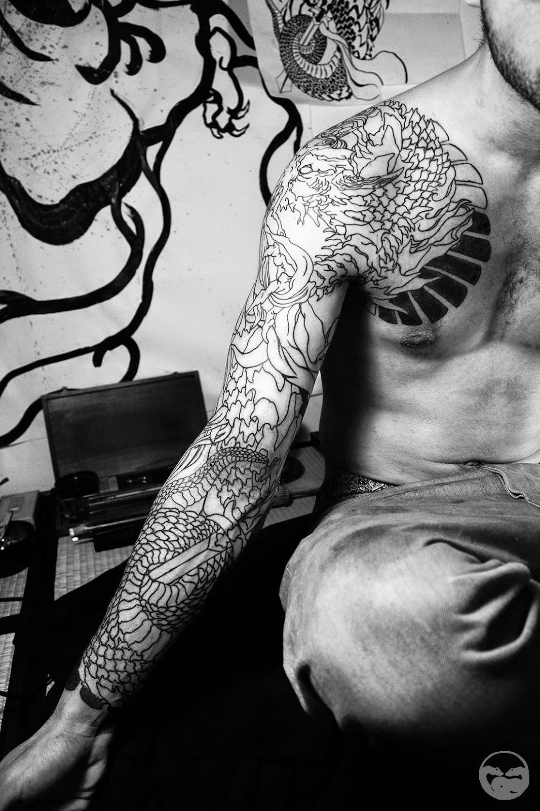 sp cialiste tatouage japonais. Black Bedroom Furniture Sets. Home Design Ideas
