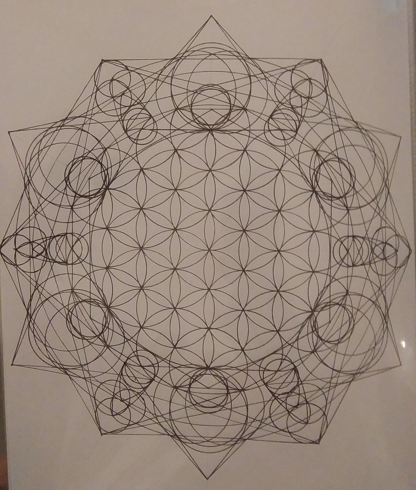 [SPOLYK] - Geometries & sketches - Page 6 48059308_1103195326533817_2178709129688776704_o