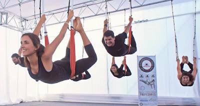 aeroyoga, ayurveda, yoga aereo, yoga aerea, air yoga, aerial yoga, yoga swing, aerial silks, teacher training, formacion, certificacion, salud, tendencias, ejercicio