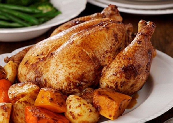 طريقة عمل الدجاج بالروزماري والليمون بالفرن