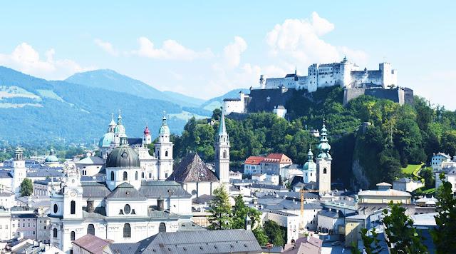 Vistas de Salzburg desde Mönchsberg