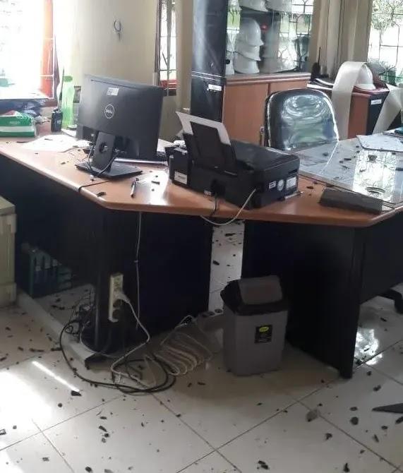 Ratusan Karyawan Nekat Demo Anarkis di Sanggau